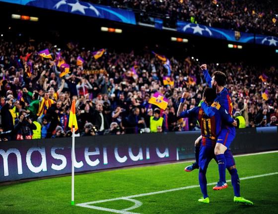 O Barcelona de Messi,Neymar e Suarez pode não ser mai o mesmo mas ainda é capaz de criar o improvavel (Foto: Vladimir Rys Photography/Getty Images)