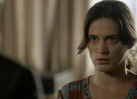 Clara pede ajuda a sobrinho de Beatriz
