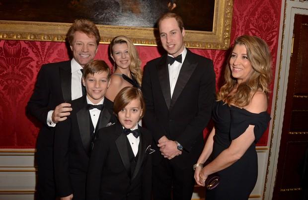 Bon Jovi em evento de gala na casa de príncipe William (Foto: Agência Getty Images)