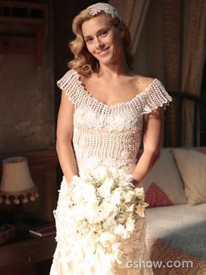 Carolina Dieckmann fica linda em vestido bordado (Foto: Felipe Monteiro/TV Globo)