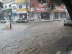 Chuva na Grande Vitória alaga avenidas de Viana e Vila Velha