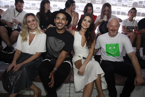 Raquel Scherer, Hugo Gloss, Thaila Ayala e Paulo Pedó (Foto: Beatriz Bley/Divulgação)