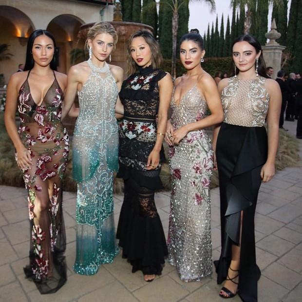 Stephanie Ann Shepard, Caroline Daur, Aimee Song, Camila Coelho e Olivia Perez, todas de PatBo (Foto: Reprodução/Instagram)