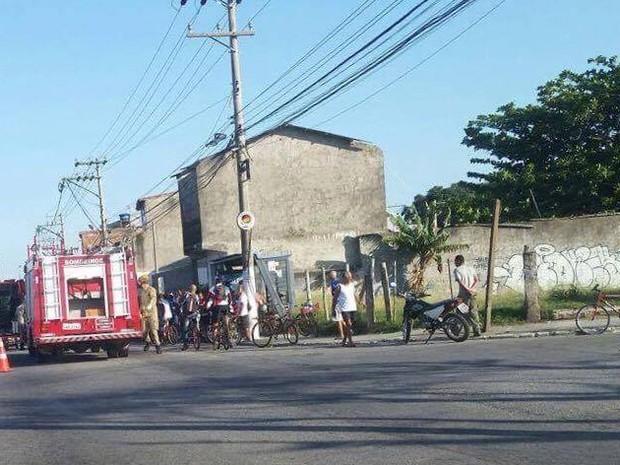 Acidente aconteceu em Cabo Frio durante a manhã (Foto: Fernanda Soares/G1)