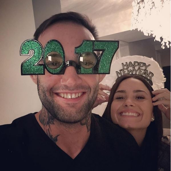 """Guilherme """"Bomba"""" Vasconcelos e Demi Lovato passaram o Réveillon 2017 juntos (Foto: Reprodução)"""
