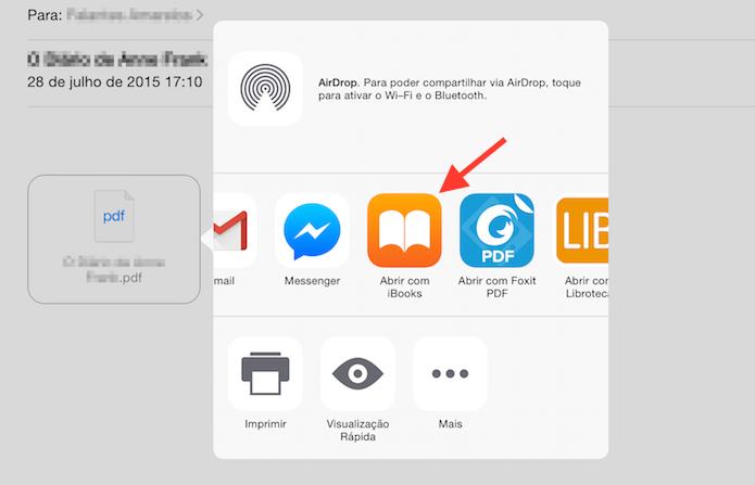 Baixando um documento PDF para o iBook do iPad (Foto: Reprodução/Marvin Costa)