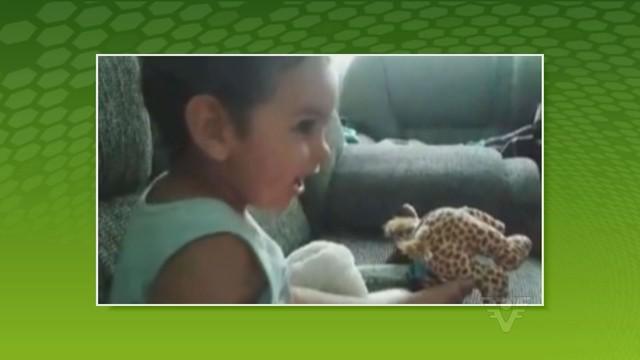 Miguel com apenas um ano de idade apareceu no Tribuna Esporte (Foto: Reprodução/TV Tribuna)
