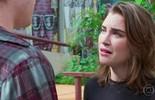 Flávia implora o perdão de Rodrigo