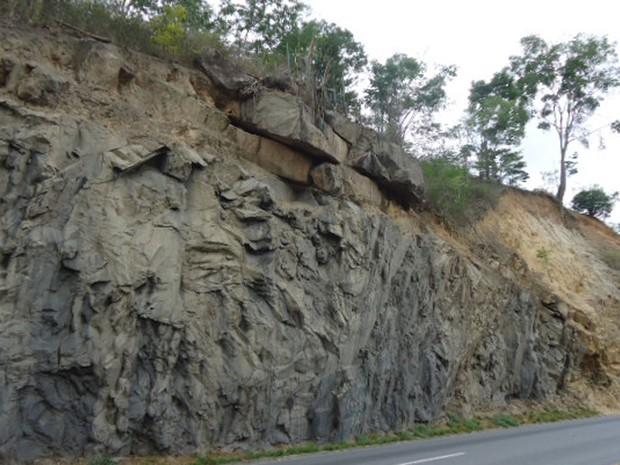 Detonação de rochas vai interditar via por 45 minutos (Foto: Divulgação/ViaBahia)