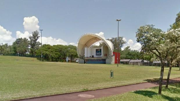 Atividade no Gramadão da Vila A encerra edição 2015 do 'Vem Verão' (Google / Reprodução)