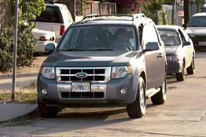 Dexter espreita mais uma vítima a bordo de se Ford Escape 2008 (Foto: Divulgação)