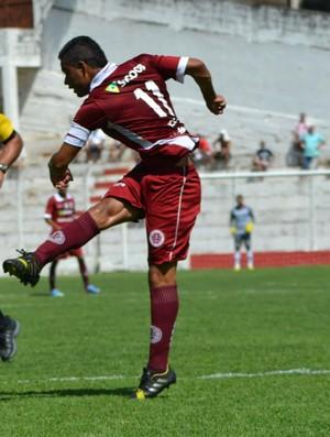 Atacante Erivelton, da Desportiva Ferroviária (Foto: Henrique Montovanelli/Desportiva Ferroviária)