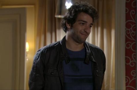 Humberto Carrão é Fabinho em 'Sangue bom' (Foto: Reprodução)