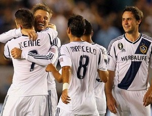 Beckham comemora gol do Los Angeles Galaxy (Foto: Site oficial do Galaxy)