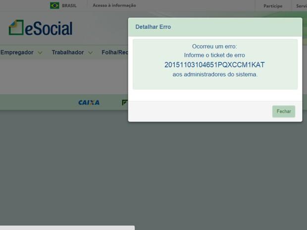 Aline Torres se queixa que no site não há informação de onde entrar em contato com o administrador do sistema. (Foto: Aline Torres/Vc no G1)
