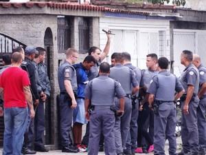 Crimonoso foi detido por volta das 9h35 (Foto: Roberto Strauss / G1)