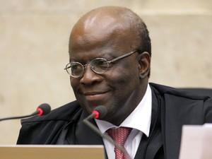 O ministro Joaquim Barbosa no STF durante sessão de julgamento de recursos de condenados do mensalão (Foto: Felipe Sampaio/SCO/STF)