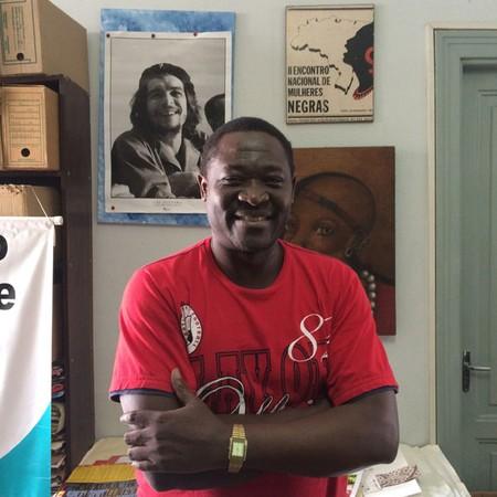 Omana Petench que fugiu da República Democrática do Congo para sobreviver (Foto: Nathalia Bianco)