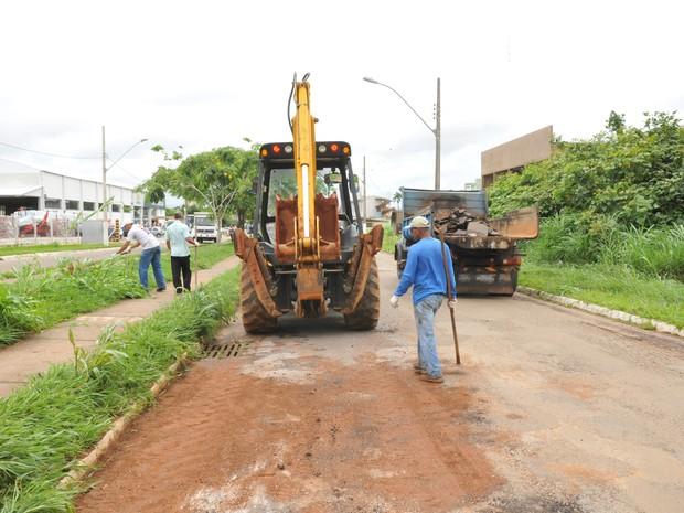 Após forte chuva, Secretaria de Obras  inicia reparos em vias de Patrocínio (Foto: Assessoria Prefeitura de Patrocínio/Divulgação)