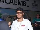 Neymar e Robinho 'convocam' famosos para futebol beneficente