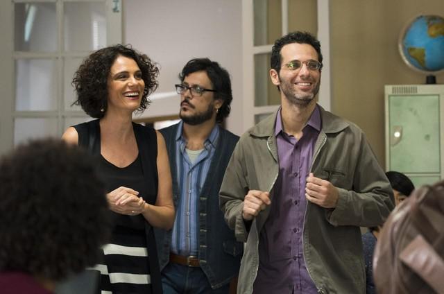 Malu Galli, Lúcio Mauro Filho e Mouhamed Harfouch gravam uma cena de 'Malhação: Viva a diferença' (Foto: Globo / Cesar Alves)