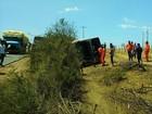 Ônibus que saiu de Salvador tomba na BA-120 e deixa mais de 15 feridos