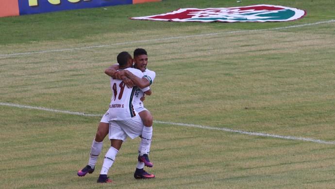 Fluminense x Inter gol Brasileirão Wellington Douglas (Foto: Eduardo Deconto / GloboEsporte.com)