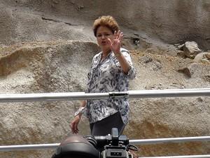 Dilma Roussef em inauguração da Via Expressa em Salvador, Bahia (Foto: Lílian Marques/ G1)