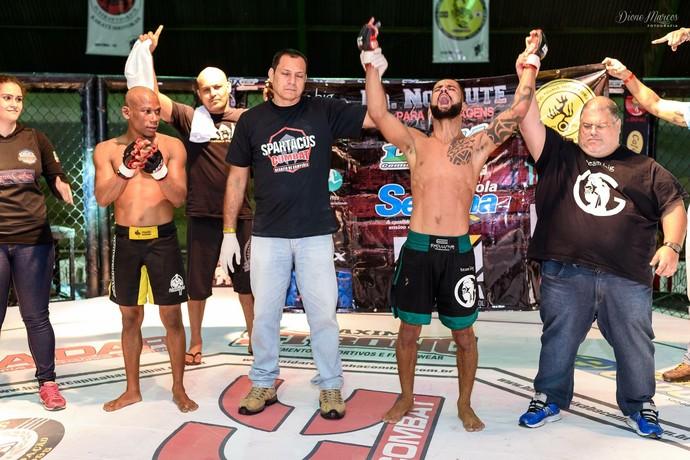 Hamyrez Oliveira venceu Jean Carlos por decisâo unânime no Spartacus/HCC (Foto: Dione Marcos Fotografia)