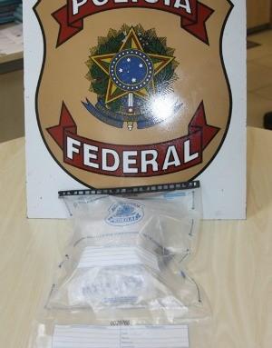 Material encontrado na casa do jovem foi apreendido pela PF (Foto: Divulgação/Polícia Federal)