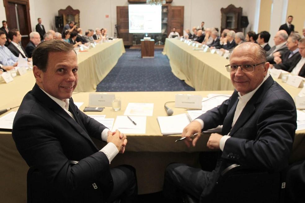 Pela nova regra, o prefeito João Doria vai se referir a Geraldo Alckmin como