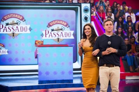 Carolina Dieckmann grava com Luciano Huck para o Caldeirão (Foto: João Miguel Junior/TV Globo)