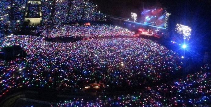 As xylobands dão um toque único a apresentação do Coldplay (Foto: Divulgação/T4F)