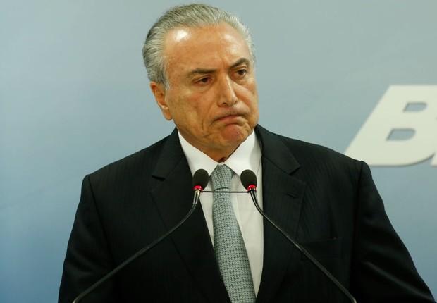 O presidente Michel Temer em pronunciamento oficial no Planalto (Foto: Igo Estrela/Getty Images)