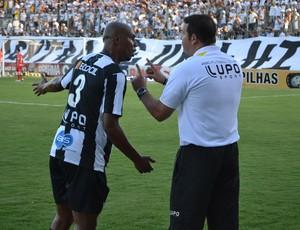 Roberto Fernandes, técnico do ABC, e Flávio Boaventura (Foto: Jocaff Souza)
