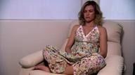 Neia trata síndrome do pânico com meditação
