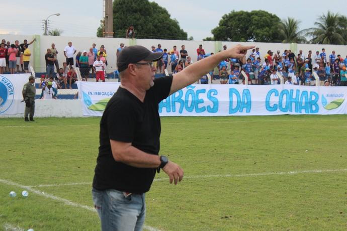 Pedro Manta - técnico do Parnahyba (Foto: Emanuele Madeira/GLOBOESPORTE.COM)