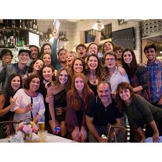 Marina Ruy Barbosa e elenco de Totalmente Demais (Foto: Reprodução/Instagram)