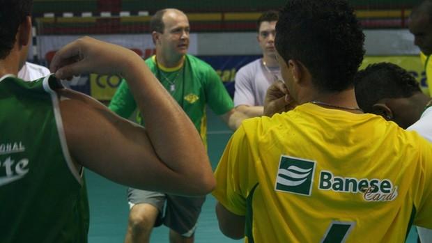 Galego, treinador da Seleção Sergipana (Foto: Thiago Barbosa (GLOBOESPORTE.COM))