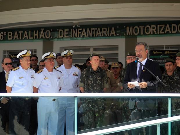 Ministro da Defesa Raul Jungmann esteve em Natal para o lançamento da operação Potiguar (Foto: Fabiano de Oliveira/ G1)