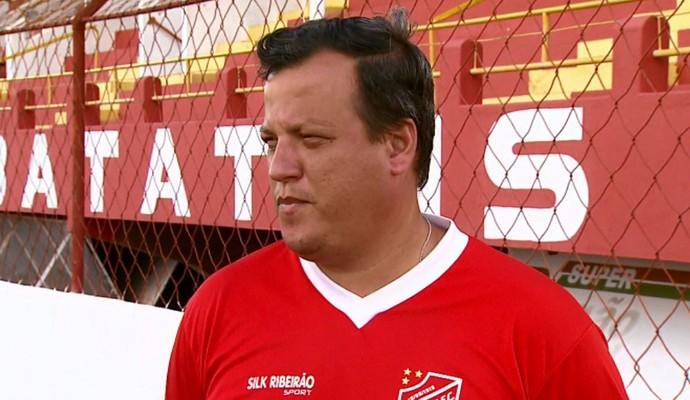 Paulo Lippi, técnico do Batatais (Foto: Reprodução/EPTV)