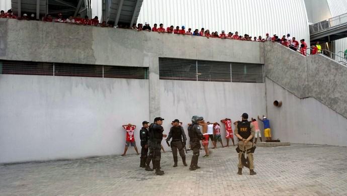 Torcedores - Polícia - Potiguar de Mossoró - América-RN - Arena das Dunas (Foto: Raul de Souza)