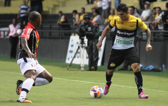 Bruno Lopes Luís Felipe Criciúma Joinville (Foto: Fernando Ribeiro / Criciúma EC)