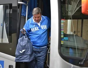 Delegação Malvín-URU chega a Mogi das Cruzes (Foto: Bruno Rocha)