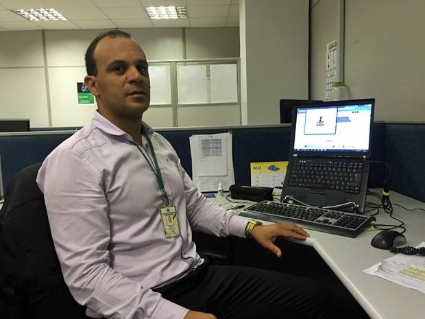 Coordenador da equipe responsável pelo VLibras, César Bomfim (Foto: Gabriel Luiz/G1)