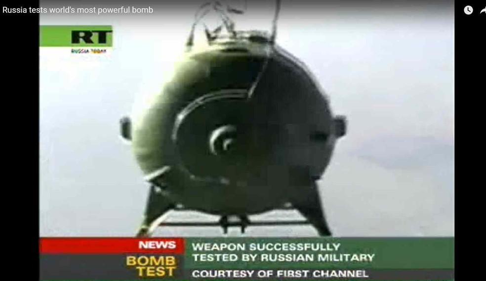 Vídeo da RT mostra teste da bomba conhecida como 'pai de todas as bombas' em 2007 (Foto: Reprodução/ YouTube/ RT)