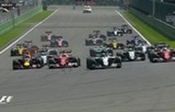 """Caos na largada, pancadão de Magnussen e """"Mad Max contra todos""""... O GP da Bélgica em vídeos"""