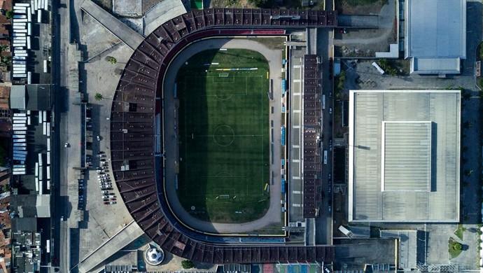 CSA x CRB: vista aérea do Estádio Rei Pelé sem público (Foto: Jonathan Lins/G1)