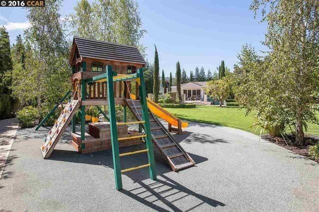 Playground para as crianças (Foto: Reprodução)
