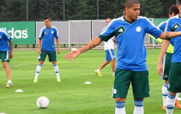 Leandro, treino do Palmeiras (Foto: Marcelo Hazan)